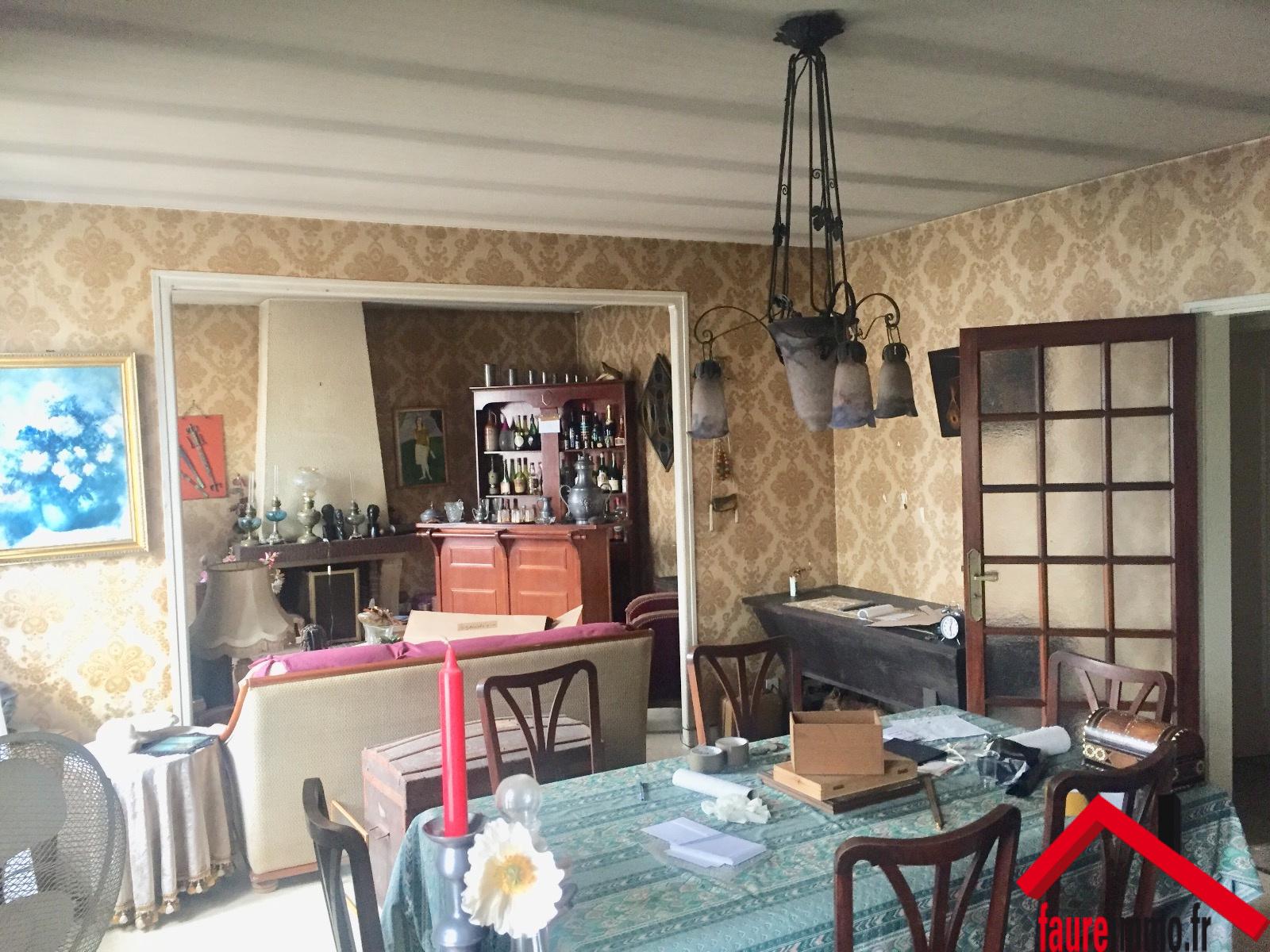 maison a louer 49 le bon coin vue mer with maison a louer 49 le bon coin plombires with maison. Black Bedroom Furniture Sets. Home Design Ideas